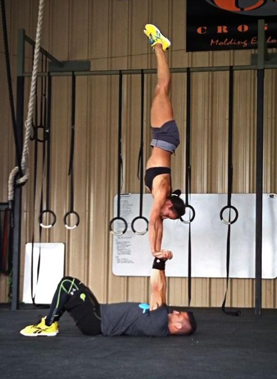 handstand couple